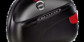 В кроссе Ягуара F-Пейс, ударение выставлено на красоте и скорости