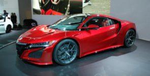 Презентована производственная версия нового суперкара Acura NSX в Женеве