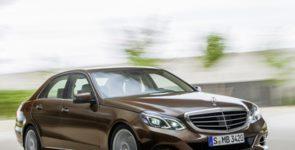 Интерьер нового поколения Mercedes-Benz E-класса