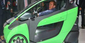 Арнольд Шварценеггер оценил экоавтомобиль Toyota I-Road