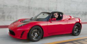 Компания Tesla представит новый электрический спорткар